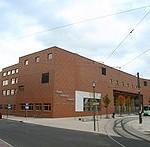 Budynek sal wykładowych (Gräfin-Döhnhoff-Gebäude, GDG)